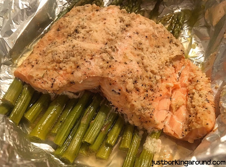 salmon-and-asparagus-pack